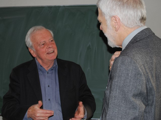 Michael Young talking to Herbert Müther